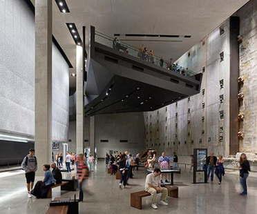 Der AIA Honor Award Interior Architecture geht an Davis Brody Bond für das 9/11 Memorial Museum