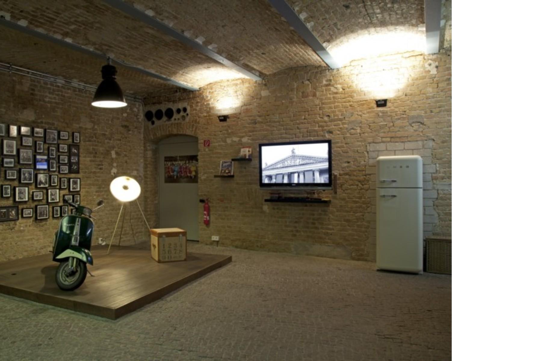 Workshop 1 light surfaces fab architectural bureau berlin floornature