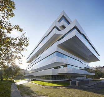 Zaha Hadid Architects Dominion Office Building Moskau