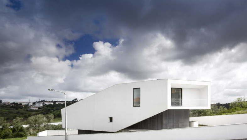 Contaminar Arquitectos: edificio residencial Vidigal House Portugal