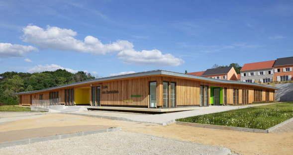 Nomade Schulanlage Les Bartelottes La Ville-du-Bois