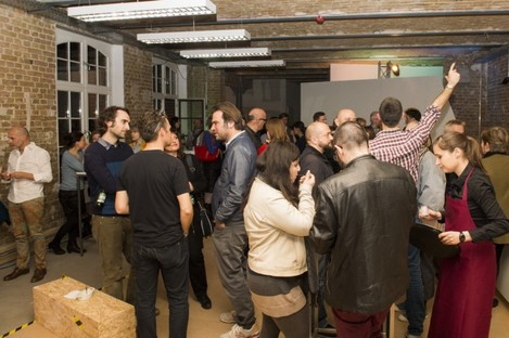 FAB Berlin Abschluss des Workshops flexible surfaces