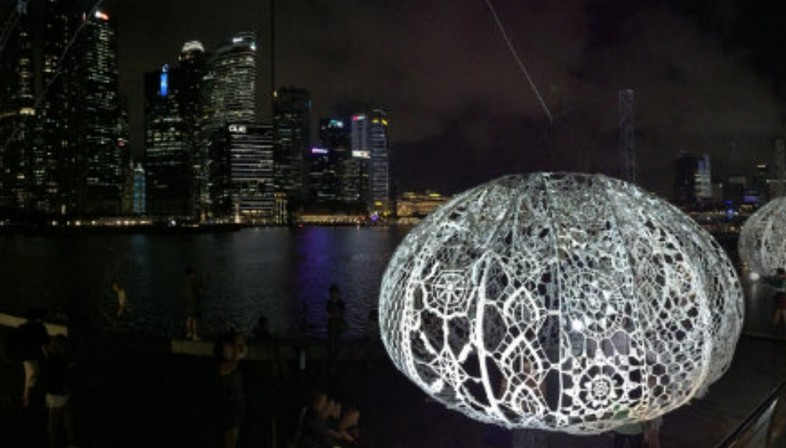 Choi + Shine The Urchins Marina Bay Singapur