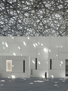 Jean Nouvel Louvre Abu Dhabi das Museum und das Meer