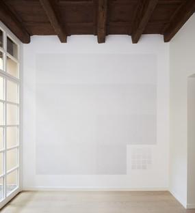Ausstellung Sol LeWitt Between the Lines und die Architektur