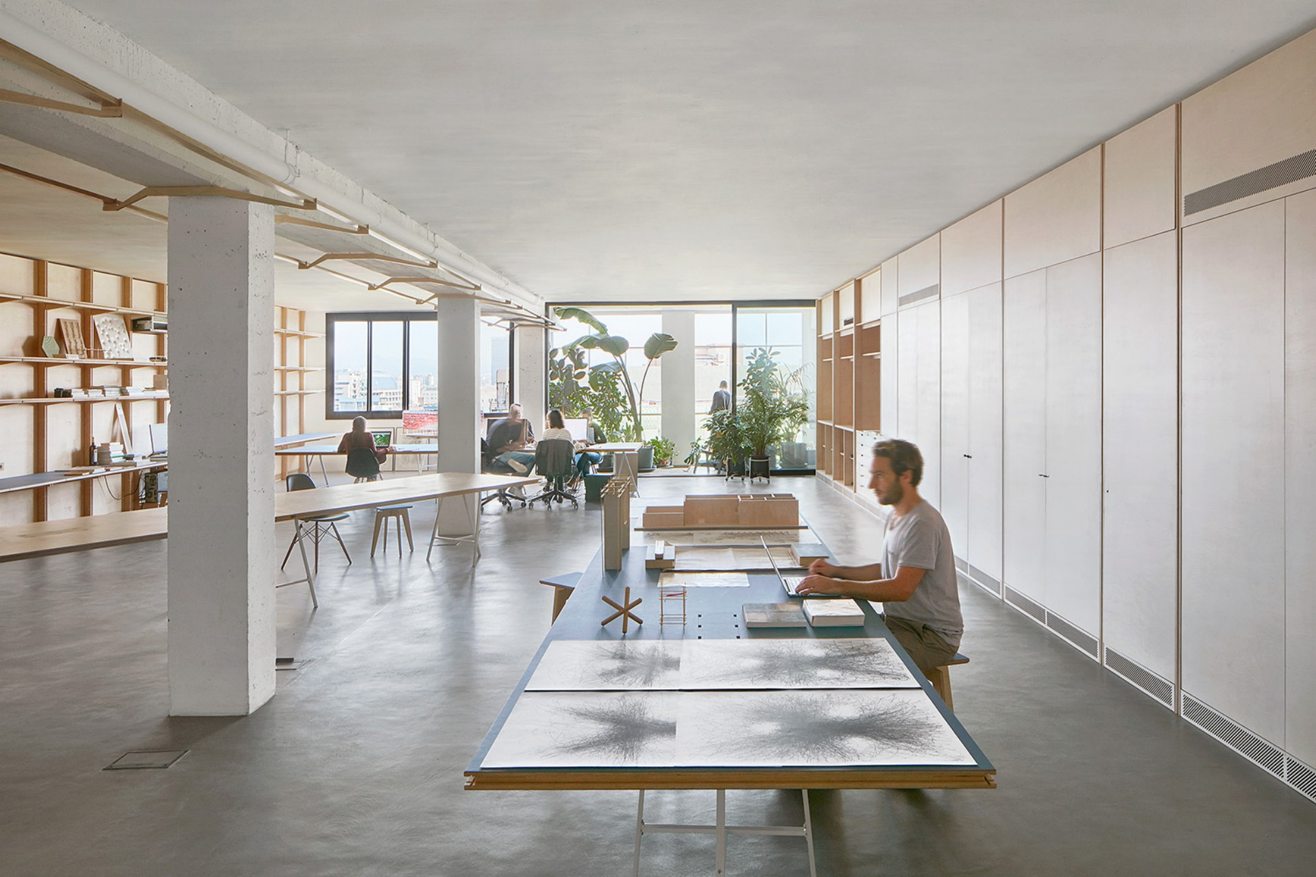 APPAREIL und ILABB Innenarchitektur mit Schrankwaenden | Floornature