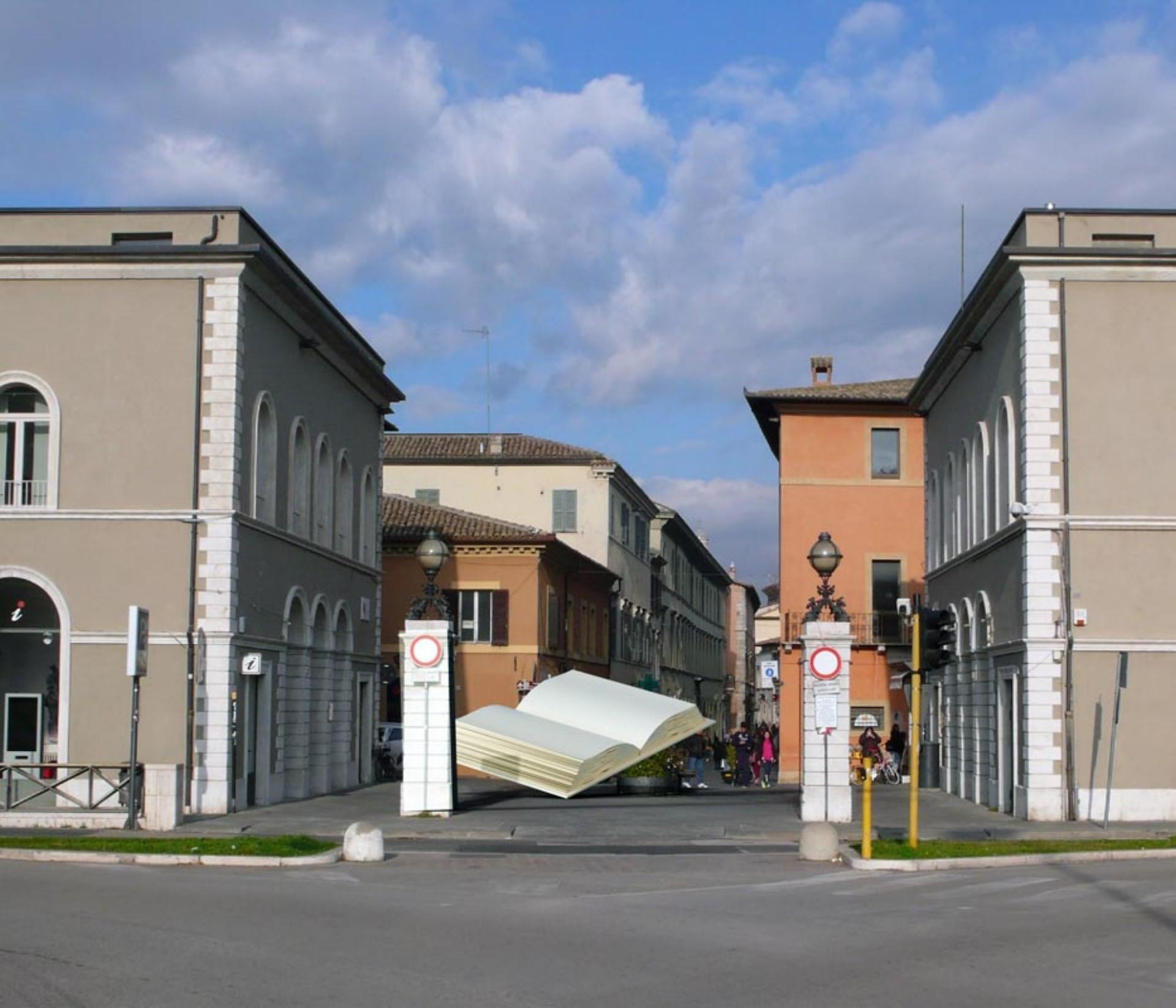 Ugo La Pietra Istruzioni per Abitare La Città Ausstellung im CIAC von Foligno