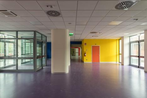 Neues Territoriales Zentrum für Kinderheilkunde von Parma: Material- und Farbspiele mit keramischen Verkleidungen