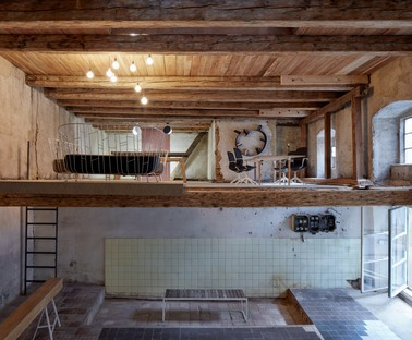 The Distillery – Social Reactor von KOGAA Studio