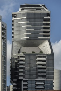 Singapur, The Scotts Tower von UNStudio fertig