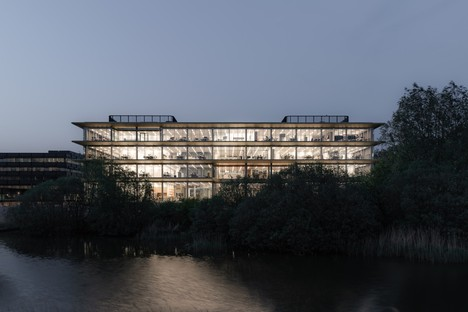 Powerhouse Company Headquarters EMEA von ASICS