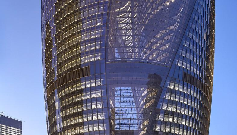 Zaha Hadid Architects hat Leeza SOHO in Peking vollendet