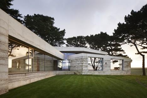 Atelier Peter Zumthor mit Mole Architects Secular Retreat in Devon