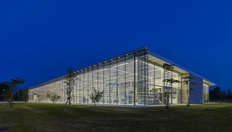 Serero Architectes Urbanistes Media Library ein städtisches und landschaftliches Schaufenster in Bayeux