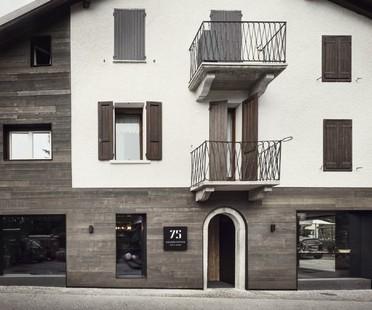 Lissoni Associati 75 Café and Lounge, Wine Bar in Ponte di Legno Brescia