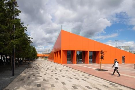 DROM verwandelt einen eintönigen Platz in einen lebendigen öffentlichen Raum -  Azatlyk Square