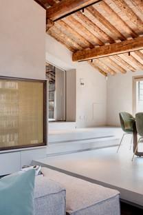 Giuseppe Tortato Architetti Emotionen und eine neue Geschichte für ein Penthouse in Padua