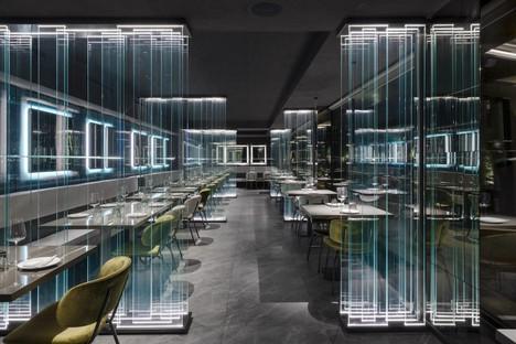 Maurizio Lai Lichtinstallationen und Geometrien für ein Restaurant