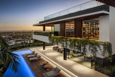SAOTA Hillside House mit Blick auf die Skyline von Los Angeles