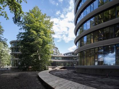 RAU Architects eine Holzkathedrale für die Triodos-Bank in Driebergen-Rijsenburg