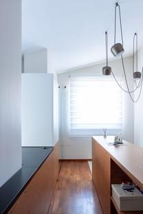 Casa NARF von m12 AD nautische Innenarchitektur in einem Wohnhaus