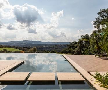 Gilda Meirelles Arquitetura EQ House natürliche Materialien für ein Haus in der Natur