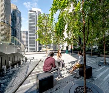 Wolkenkratzer KPF 18 Robinson Grüne Terrassen über der Stadt Singapur