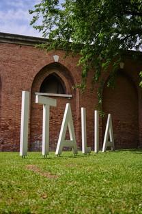 Resilient Communities, Architecture as Caregiver in der Installation Cyberwall auf der Biennale von Venedig
