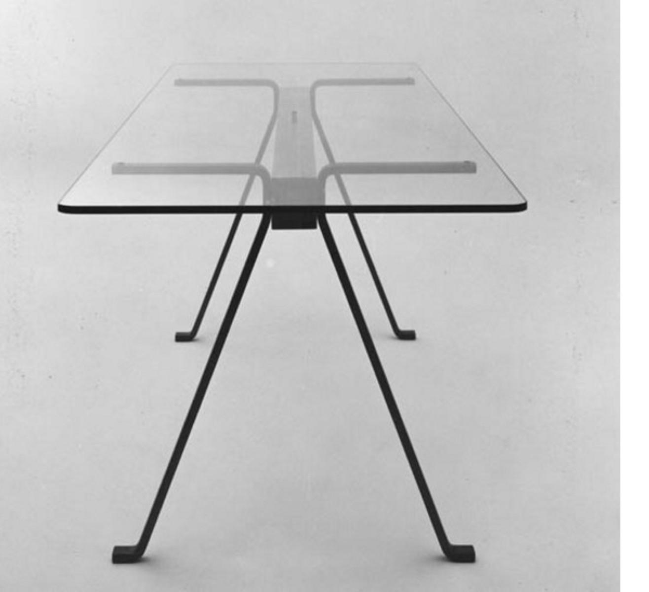enzo mari eine vorlesung auf der cersaie floornature. Black Bedroom Furniture Sets. Home Design Ideas