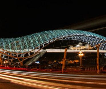 Die Friedensbrücke - Michele De Lucchi