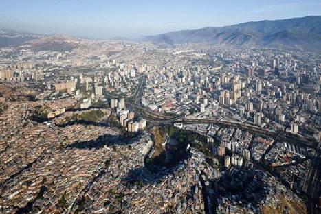 Urban Think Tank, Métro-cable, Venezuela @ Iwan Baan