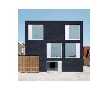 Pasel Kuenzel, Black Diamant Haus V35K18, Holland