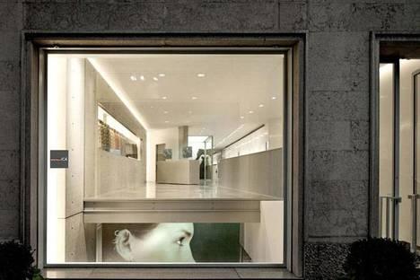 TADAO ANDO, Boutique und Showroom DUVETICA in MAILAND