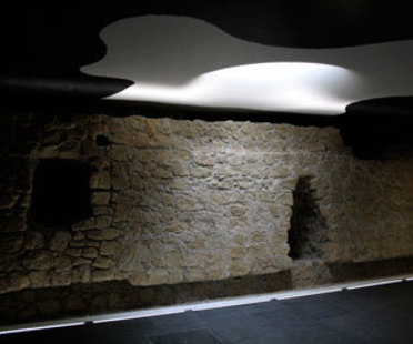 Oscar Tusquets Blanca, Kunstbahnhöfe Toledo, Neapel