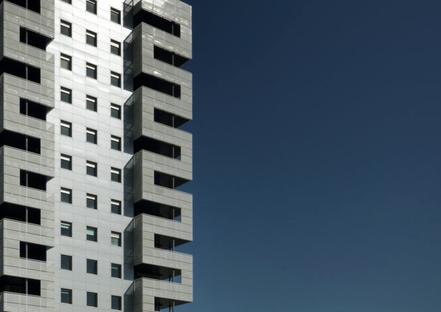 Valle Architetti, Wohn- und Geschäftshochhaus in Rom