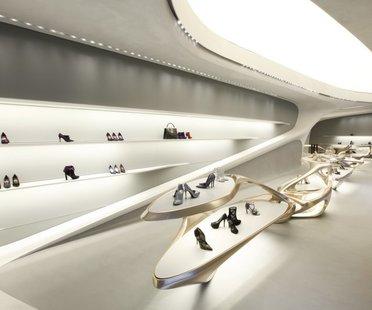 Zaha Hadid, Stuart Weitzman International Flagship Store, Via Sant'Andrea Mailand