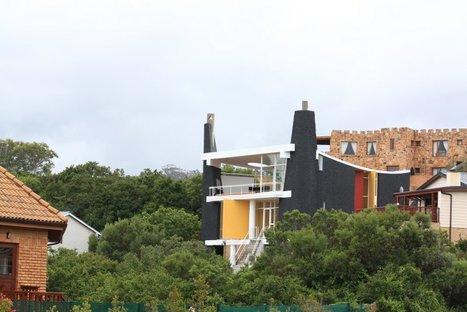 Phillips beach-house photo by Heinrich Wolff