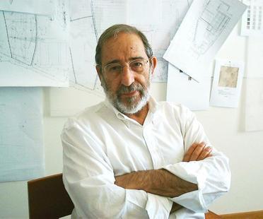 Der Architekt Alvaro Siza schenkt einen Teil seines Archivs