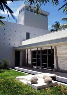 Luis Pons Design Lab  4600 North Bay Road Residence Miami