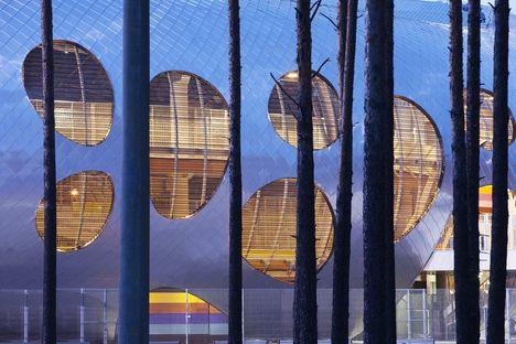 OFIS architects und das Fußballstadion Arena Borisov (Weißrussland)