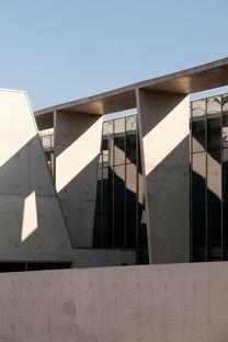 Dominique Coulon renoviert das städtische Hallenbad von Bagneux Paris