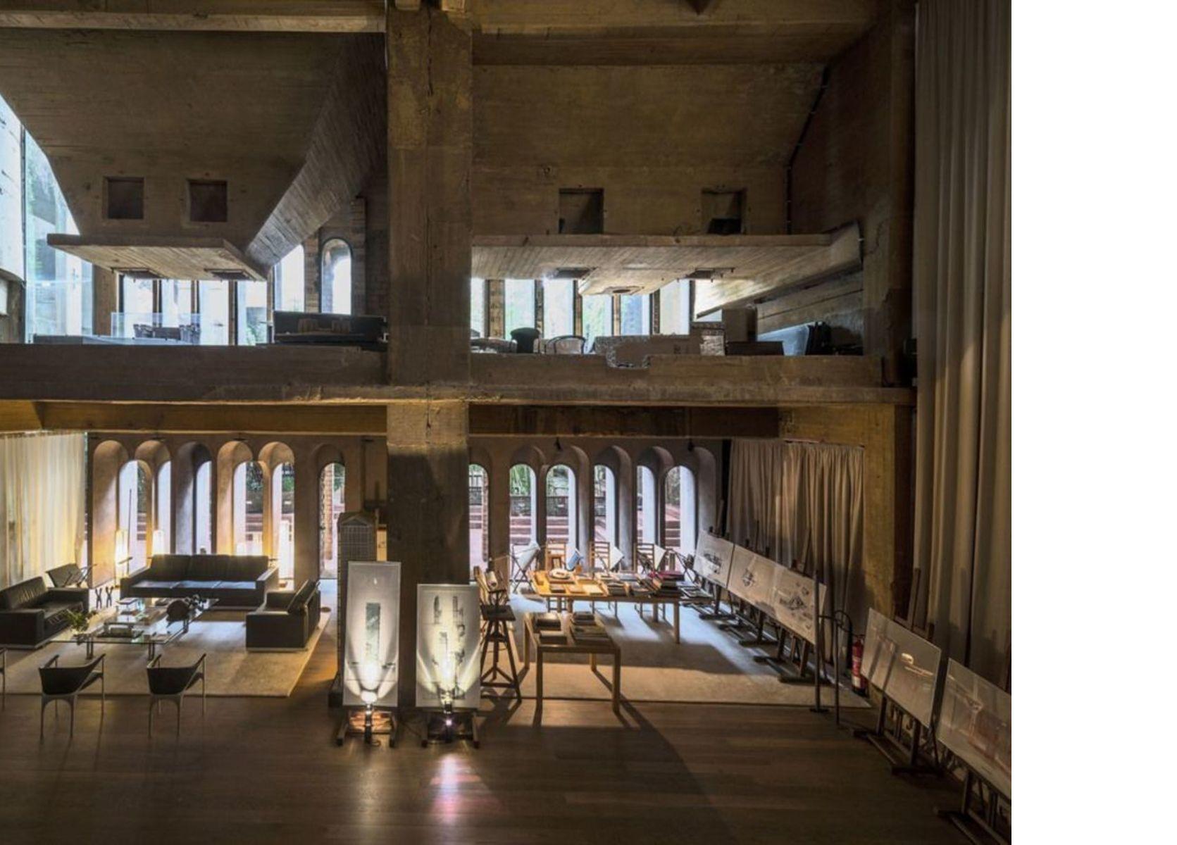 Ricardo Bofill und La Fàbrica, das Büro in einer ehemaligem Zementfabrik