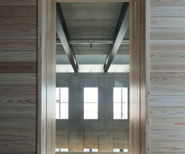 Tsuruga Multipurpose Center ORUPARK von Chiba Manabu Architects