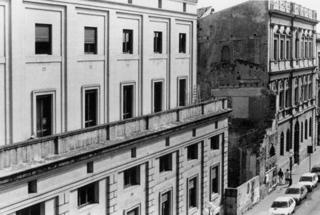 Vincenzo Latina und der Pavillon des Artemision in Syrakus