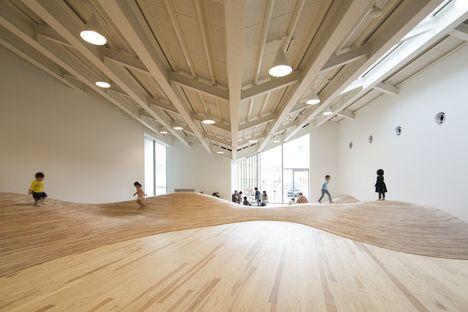 Kengo Kumas Entwurf für das Gemeindezentrum Towada City Plaza