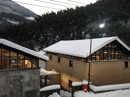 AZL Architects und die Librairie Avant-Garde Tonglu, China