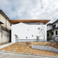 y+M design office und das Floating Roof House in Kobe