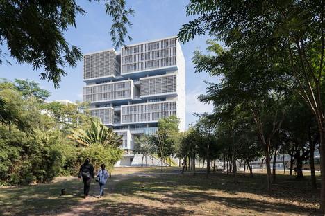 Open Architecture: Tsinghua Ocean Center Shenzhen, China