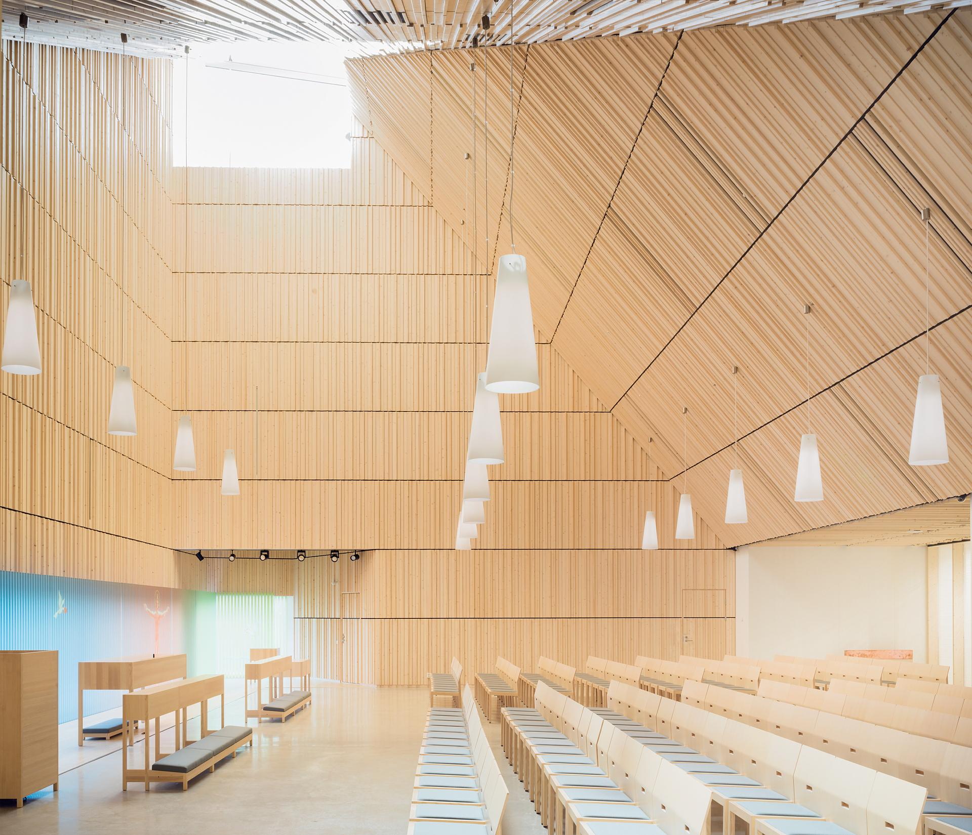 OOPEAA und die Suvela Chapel in Espoo