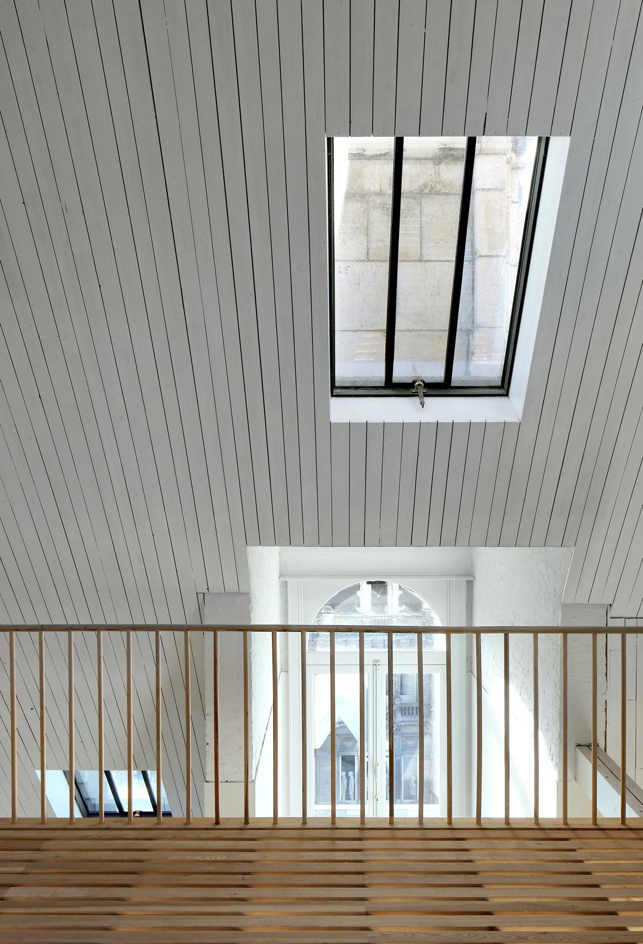 Bovenbouw: Gebäudesanierung in der Leysstraat in Antwerpen